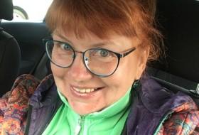 Veronica , 52 - Just Me