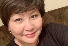 Adia, 43 - Just Me