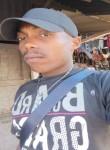 Kamel , 36  , Mamoudzou