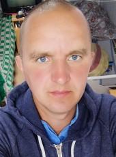 Artur, 38, Russia, Vladivostok