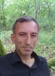 Metin, 51  , Montargis