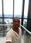 salikou, 35  , Abidjan