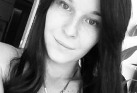 li, 28 - Just Me