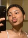 Amelia, 19  , Orlando