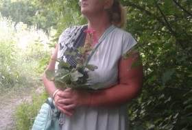 Alena, 43 - Just Me