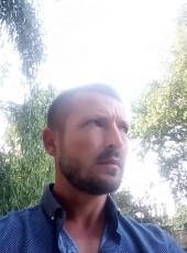 Dmitriy, 38, Russia, Simferopol