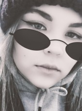 Albina, 18, Russia, Petropavlovsk-Kamchatsky