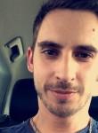 Grégory, 27  , Royan