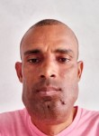 Alexandre roque, 45  , Mindelo