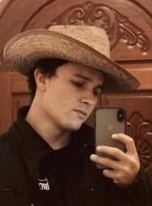 Chris, 18, Guatemala, Guatemala City