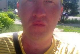 Ivan, 40 - Just Me