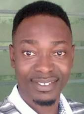 Ekwam, 35, Ghana, Nungua