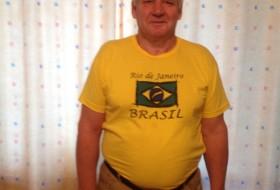 Valeriy, 63 - Just Me