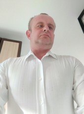 TOMEK, 44, Poland, Warsaw