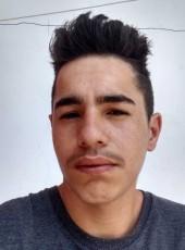 William, 20, Brazil, Aruja