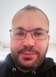 nadjib farouk, 40  , Fontenay-le-Fleury