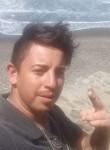 Luis, 25  , Santiago