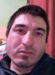 Leonardo, 32  , Montevideo