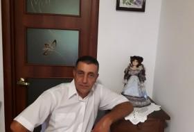 Vasil, 51 - Just Me