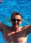 Aleksey, 50  , Kommunar