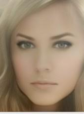 Elena, 36, Belarus, Minsk