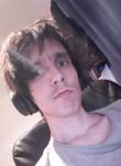 Davids, 32  , Kopavogur