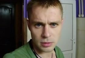Dima Kasperovich, 36 - Just Me
