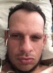 Papi, 43  , Montevideo