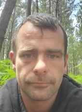 Soldevila, 34, Spain, San Sebastian
