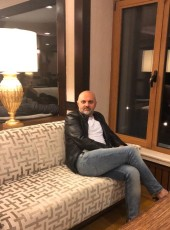 Musa, 42, Turkey, Istanbul
