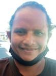 Milton valencia , 34  , Guayaquil