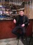 Azer, 44  , Revda