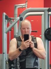 Denis, 48, New Zealand, Christchurch