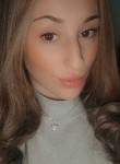 cloe carter, 19  , Alora