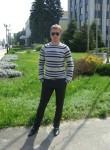 Roman, 37  , Luhansk