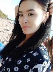 Burul, 22, Kyrgyzstan, Bishkek