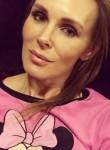 Claudia, 39  , Houston
