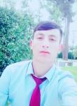 Farrukh, 18  , Dushanbe