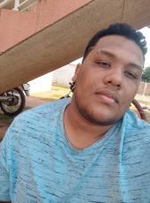 Moreno, 20, Brazil, Campo Grande