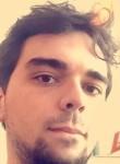 Valentin, 24  , Eaubonne
