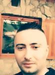 Adis, 18  , Zenica