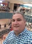 Ysrael, 48  , Dallas