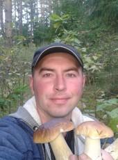 Oleg Pryamouev, 35, Belarus, Orsha