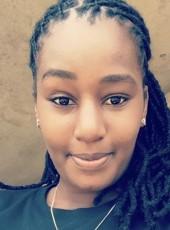 tabit lola, 25, Cameroon, Douala