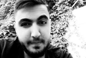 Hakan, 18 - Just Me