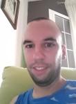 ALFREDO , 30  , Sevilla