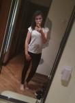 Yuliya, 20  , Leningradskaya