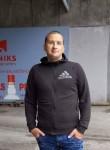 Yuriy, 42, Riga