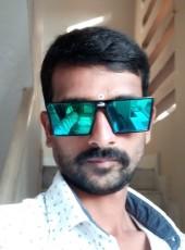 Ravi Goud, 33, India, Quthbullapur