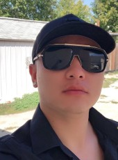 Phongluu, 32, Canada, Winnipeg